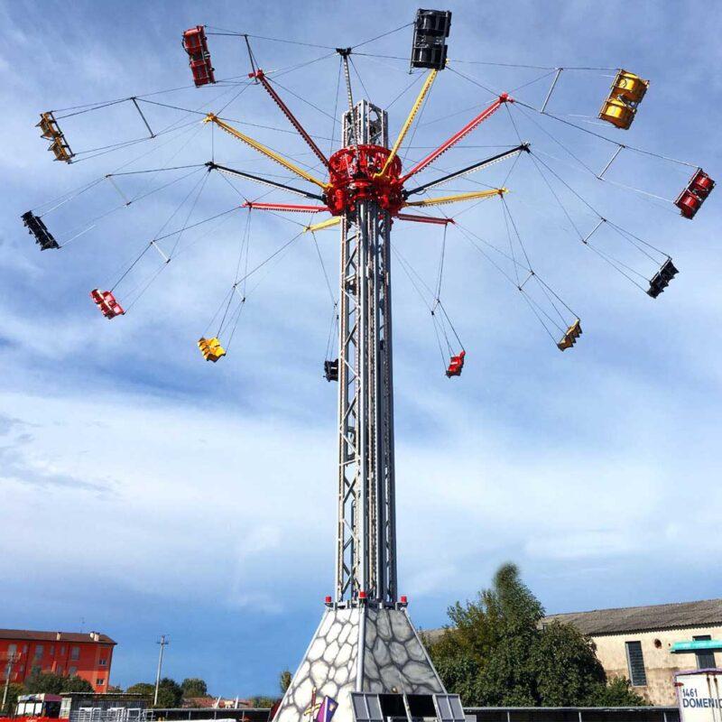 Swing Tower 20 M - Rides - SBF Rides